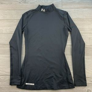 Under Armour Cold Gear  Top, Women's SM, Black.